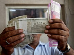 Rupee Drops Below 76 Mark Against Dollar Amid Coronavirus Crisis