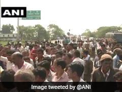 Locals Protest Death Of Lecturer Set Ablaze By Stalker In Maharashtra's Wardha