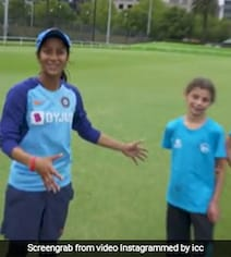 Watch: Jemimah Teaches 'Bollywood Dance Step' To Youngsters In Australia