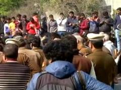 CAA के खिलाफ प्रदर्शन करने वालों पर सख्त कार्रवाई की मांग, छह सांसदों ने नोटिस दिया