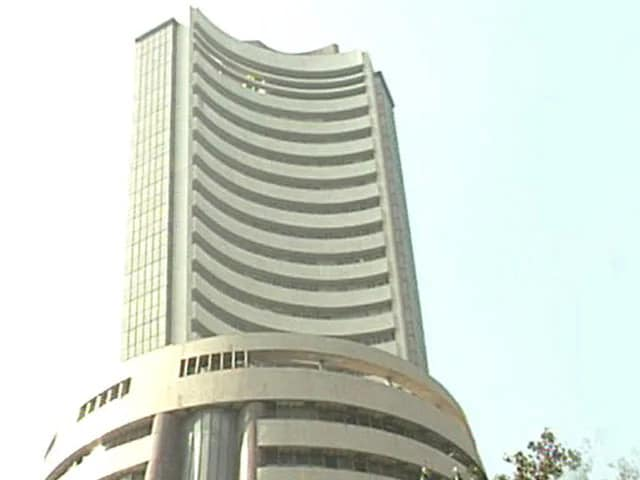Video : Sensex Slumps 988 Points As Budget Fails To Enthuse Investors
