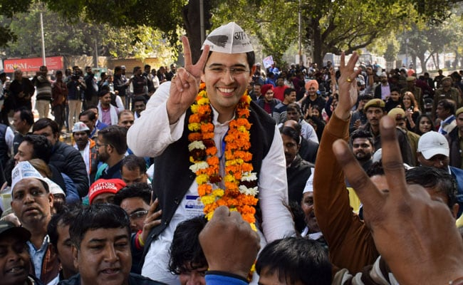Celebrations begin as AAP's Raghav Chadha takes strong lead in Rajinder Nagar