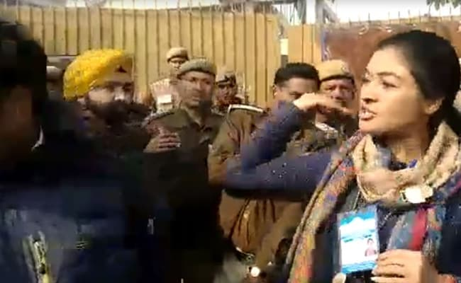 Candidate Alka Lamba's Slap Starts Congress-AAP Fight At Polling Station