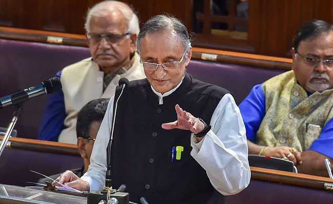 Photo of West Bengal Finance Minister Urges Centre Not To Privatise Public Sector Insurance Companies