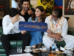 <i>Brahmastra</i> Director Ayan Mukerji Just Called Alia Bhatt Ranbir Kapoor's 'Girlfriend' In This Video