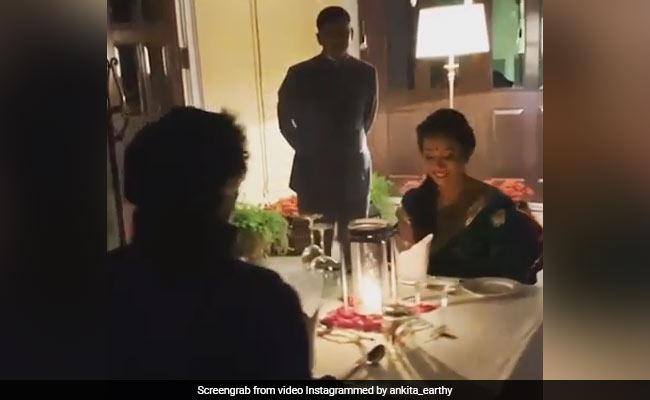 মিলিন্দ সোমন বউয়ের সঙ্গে ক্যান্ডেল লাইট ডিনারে , দেখুন দারুন রোমান্টিক সেই ভিডিও