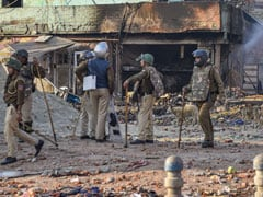 Intelligence Bureau Officer Found Dead Amid Delhi Clashes