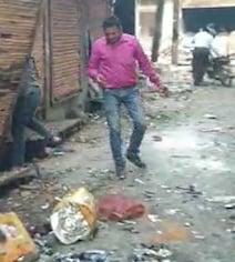 Delhi Violence : शिव विहार में दुकानें लूटीं, मकान जला दिए गए; अब तक खत्म नहीं हुआ डर