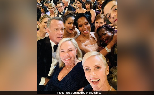 Oscars 2020: Count All The Celebs In Charlize Theron's Star-Studded Selfie