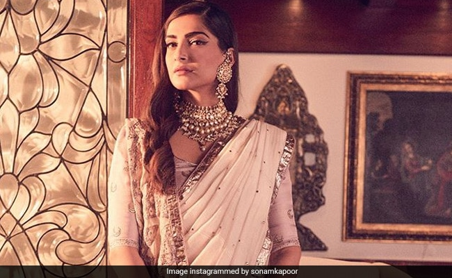 For Armaan Jain's Reception, Sonam Kapoor Wore This Piece From Mom-In-Law's Collection