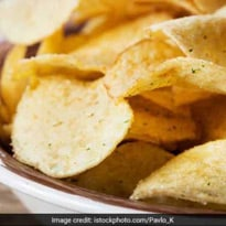 Man's Pic Of Filled Up Chips Packet Goes Viral, Twitter Calls Him Lucky