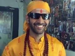 """Kartik Aaryan """"Can't Stop Smiling."""" Because, <i>Bhool Bhulaiyaa 2</i>"""