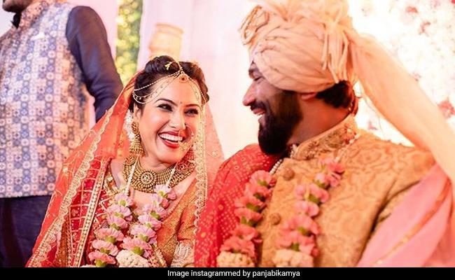 Newly-Married Kamya Panjabi Introduces Herself As 'Mrs Shalabh Dang.' See Wedding Album