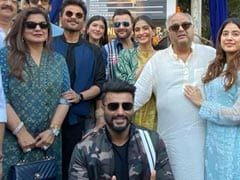 Sonam, Arjun, Janhvi And Other Kapoors Unveil The Surinder Kapoor Chowk In Mumbai. See Pics