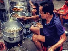 A Food Journey Around Tiretta Bazaar - Kolkata's 'Old Chinatown'