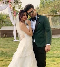 Trending: Paras Chhabra-Mahira Sharma Right Out Of A Fairy Tale. See Pics