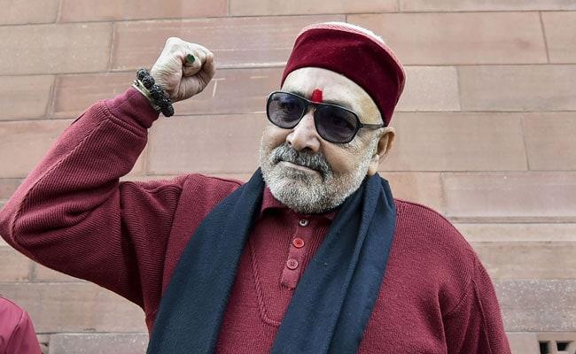 कांग्रेस ने बिहार की जाले सीट से 'जिन्ना से सहानुभूति रखने वाले' को खड़ा किया है : गिरिराज सिंह