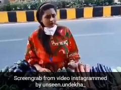 रश्मि देसाई मुंबई की सड़क पर सब्जियां खरीदती आईं नजर, यूं कर रही थीं मोल भाव.. देखें Video
