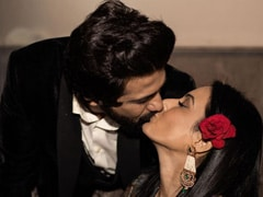 Kamya Panjabi And Shalabh Dang Celebrate One Month Of Being Married With A Kiss