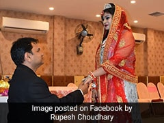 """Lucknow Bride Breaks Stereotypes, Brings """"<i>Baraat</i>"""" To Her Own Wedding"""