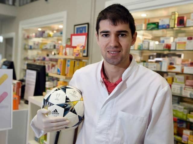 Former La Liga Winger Dons White Coat To Take On Coronavirus