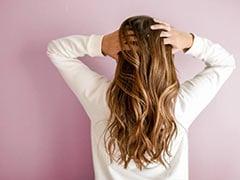 Hair Care Tips: गर्मियों में पसीने से हो जाते हैं बाल रूखे और बेजान, ये 4 उपाय आजमाएं और पाएं सिल्की, घने और चमकदार बाल!