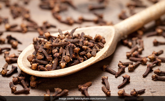 Clove For Diabetes: How Does Clove Help Manage Blood Sugar Levels