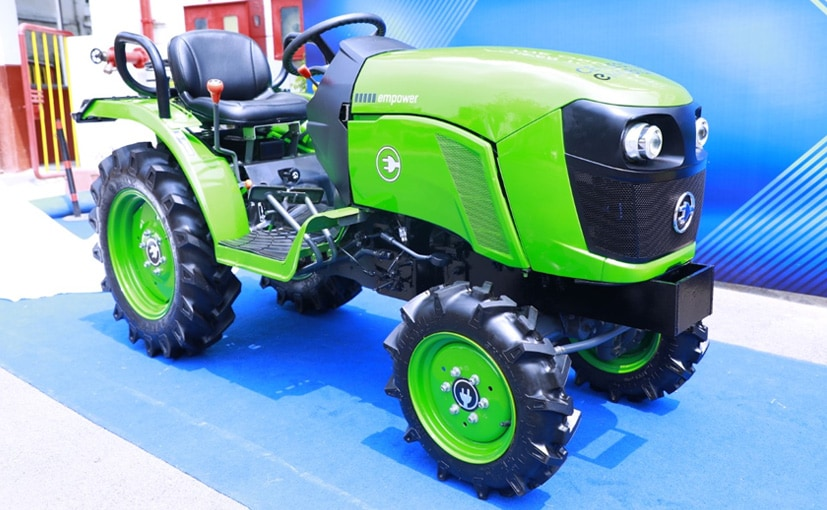 The new Cellestial Electric Tractor gets swappable batteries, regenerative braking, and fast charging