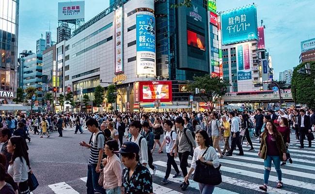 Japan's Plan To Boost Economy Amid Coronavirus - Cash Handouts To Homes