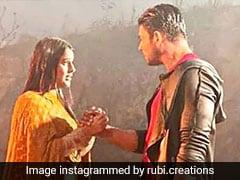 बिग बॉस वाले सिद्धार्थ शुक्ला और शहनाज गिल बारिश में भीगते आए नजर, रोमांटिक Video हुआ Viral