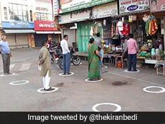 दूरी बनाने के लिए गुजरात ने निकाला गजब का जुगाड़, लोग ऐसे कर रहे हैं 'शॉपिंग', देखें Video