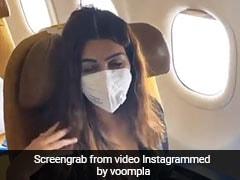 कोरोनावायरस के डर से खाली पड़ा था प्लेन, अकेली बैठी नजर यह Kriti Sanon- देखें Video