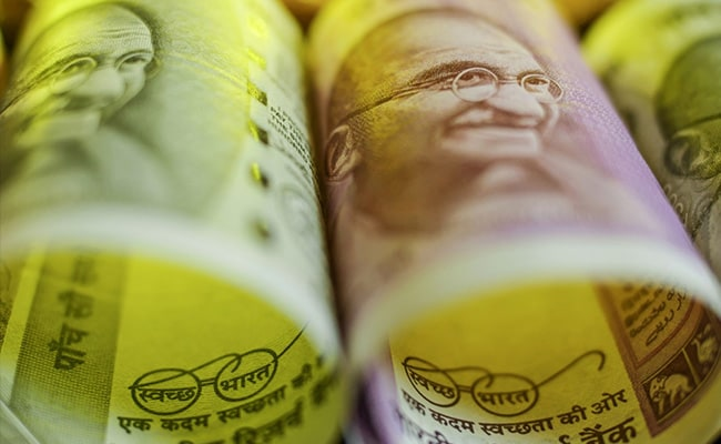 Rupee Vs Dollar: Rupee Goes Up 14 Paise To 72.32 Against US Dollar In Early Trade