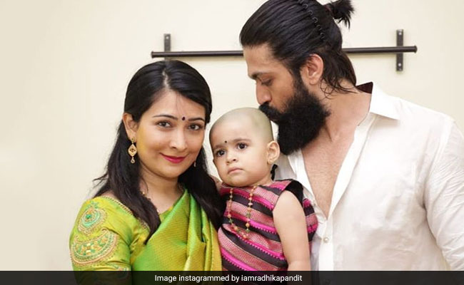 Nothing To See Here, Just A Pic Of Yash And Radhika Pandit With A 'Totally Kissable Head In Between'