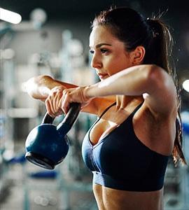 क्या खाली पेट वर्कआउट करना सही है, जानें Workout के पहले और बाद डाइट में किन चीजों को शामिल करने से होगा फायदा?