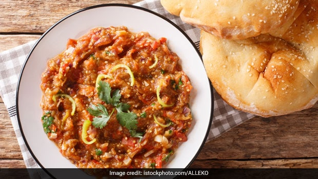 Protein-Rich Diet: Make A Vegetable Rich In Protein, Flavor By Mixing Soya Mince In Baingan Bharta (Recipe Inside) High Protein Diet Chart