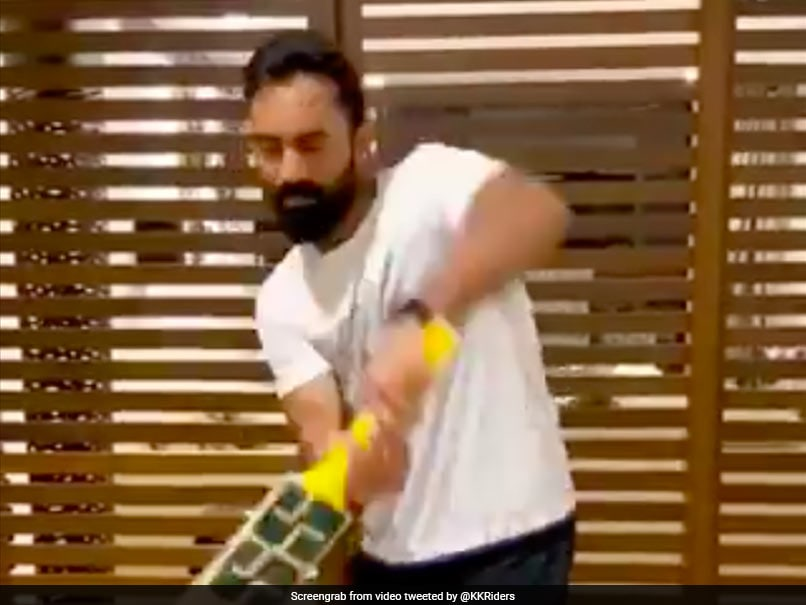 Dinesh Karthik Talks To Students On Science & Technology In Cricket