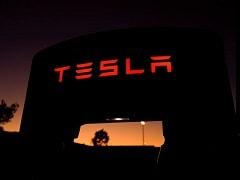 Tesla To Make Molecule Printers For German COVID-19 Vaccine Developer CureVac