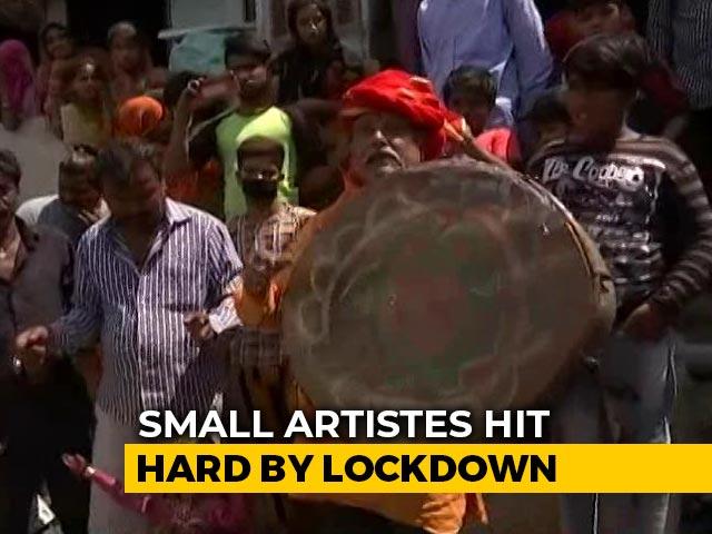 Video : Coronavirus Impact: Delhi Street Artists Struggle To Make Ends Meet