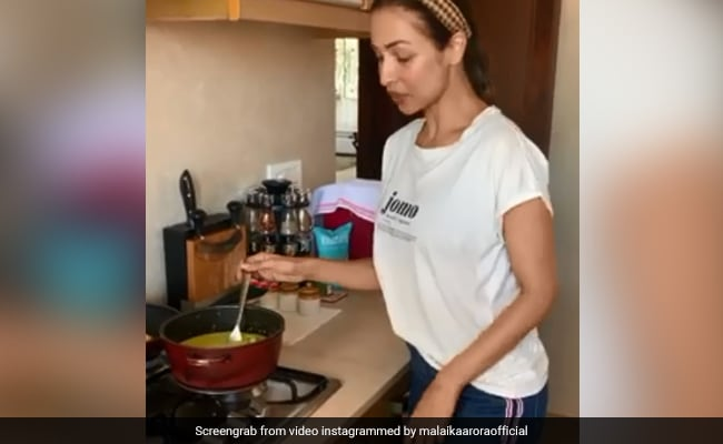 Malaika Arora Finds Happiness In This Pav Dish - Can You Guess What It Is?