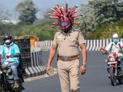 "Chennai Cops Use ""Coronavirus Helmet"" To Raise Awareness On COVID-19"