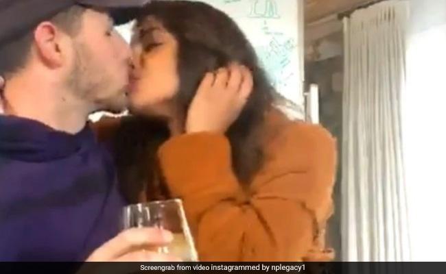 Love In The Time Of COVID -19: A Glimpse Of Priyanka Chopra And Nick Jonas' Quarantine PDA