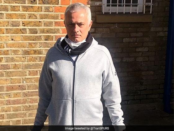 Coronavirus: Tottenham Issue Warning After Jose Mourinho And Players Seen Training