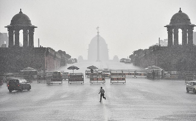 First Heavy Monsoon Rainfall Likely In Delhi, Parts Of North India On Sunday�