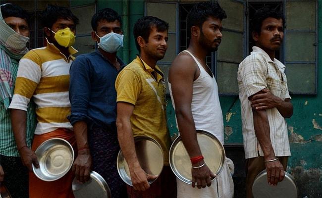 स्वास्थ्य योद्धाओं को 50 लाख रुपये का बीमा कवर, उज्ज्वला योजना के तहत 3 महीने मुफ्त सिलेंडर: सरकार ने किए ये 5 बड़े ऐलान