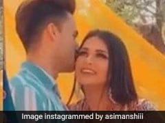 आसिम और हिमांशी का प्यार बिग बॉस के बाहर भी है बरकार, रोमांटिक अंदाज जमकर हो रहा है Viral