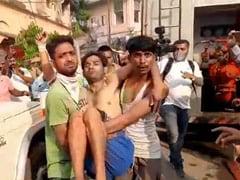 कोलकाता: Coronavirus के खौफ के चलते कैदियों ने की पैरोल पर रिहा करने की मांग, सुरक्षाकर्मियों के संग हुई झड़प