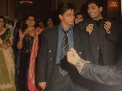 "Shah Rukh Khan And ""Out Of Sync Background Dancer"" Karan Johar, Circa 1998. Guess The Song They Danced To"