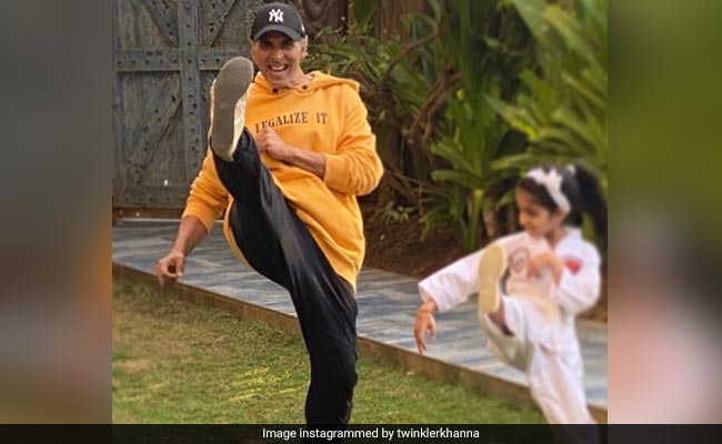 Twinkle Khanna Wanted Akshay Kumar To Keep Nitara Busy But Then This LOL Thing Happened