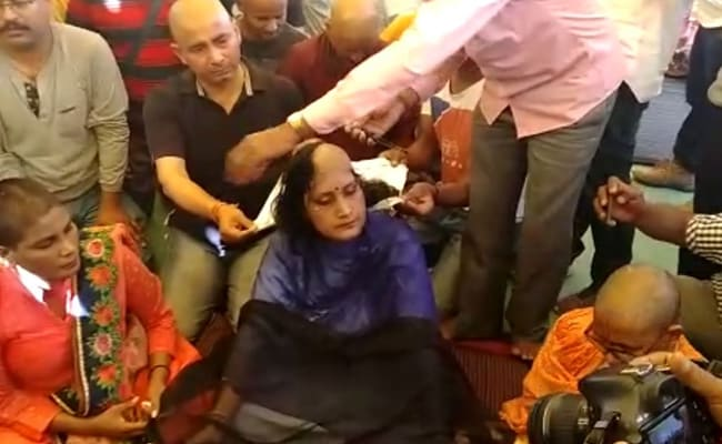 Woman Lecturer Shaves Off Head In Madhya Pradesh, Demands Permanent Job